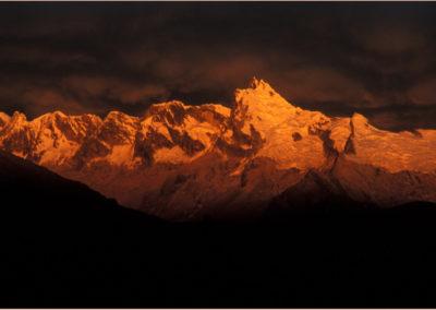 Stormlight Alpenglow, Huantsan Chico